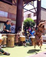 V. Kulturen arteko Azoka / V. Mercado de las Culturas