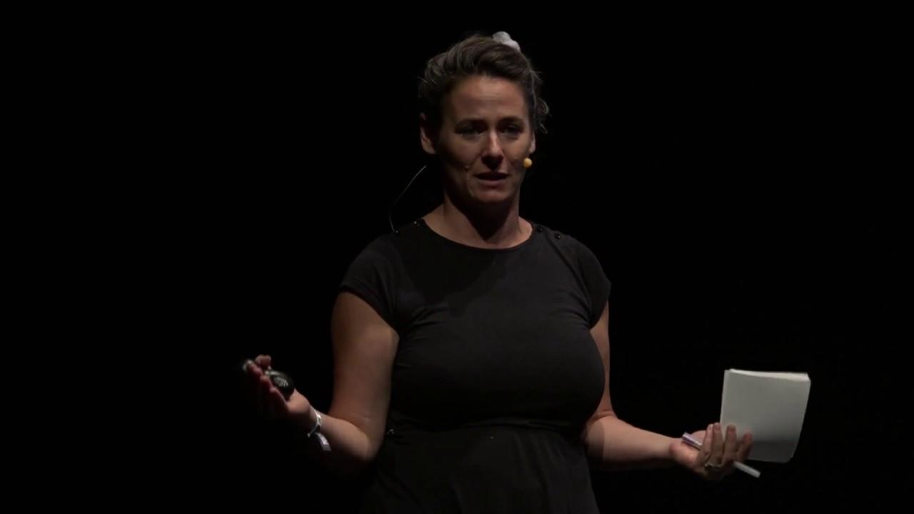 URBANISMO FEMINISTA. Monólogo de Oihane Ruiz en la Universidad de Verano 2017